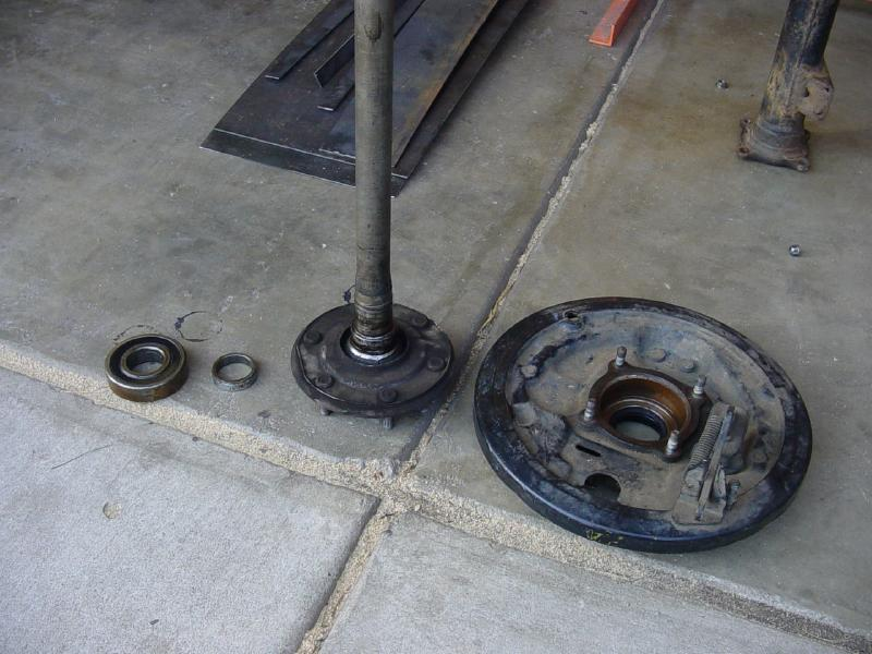 rear axle bearing retainer - Pirate4x4 Com : 4x4 and Off-Road Forum