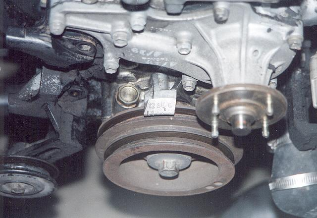 Toyota 22Re Timing Marks http://www.4x4wire.com/toyota/maintenance/timingchain/