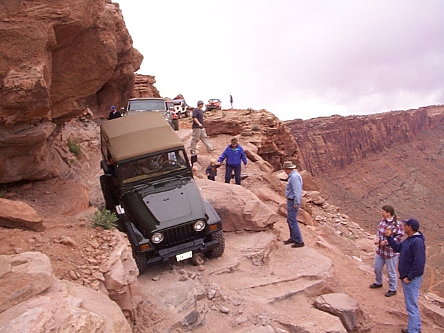 4x4wire Moab Easter Jeep Safari 2001 Cliffhanger Trail